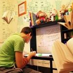 אתם סטודנטים עובדים עם לוח זמנים עמוס?